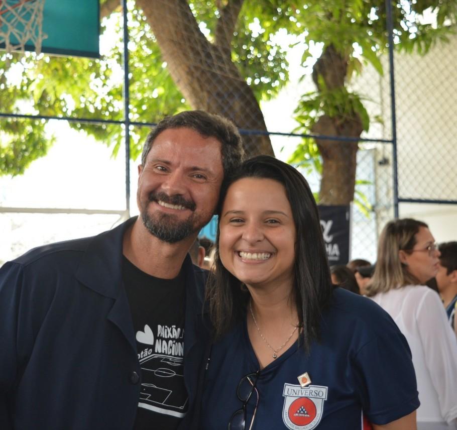 Universo-Campos realiza atividades práticas com estudantes em feira de profissões 10
