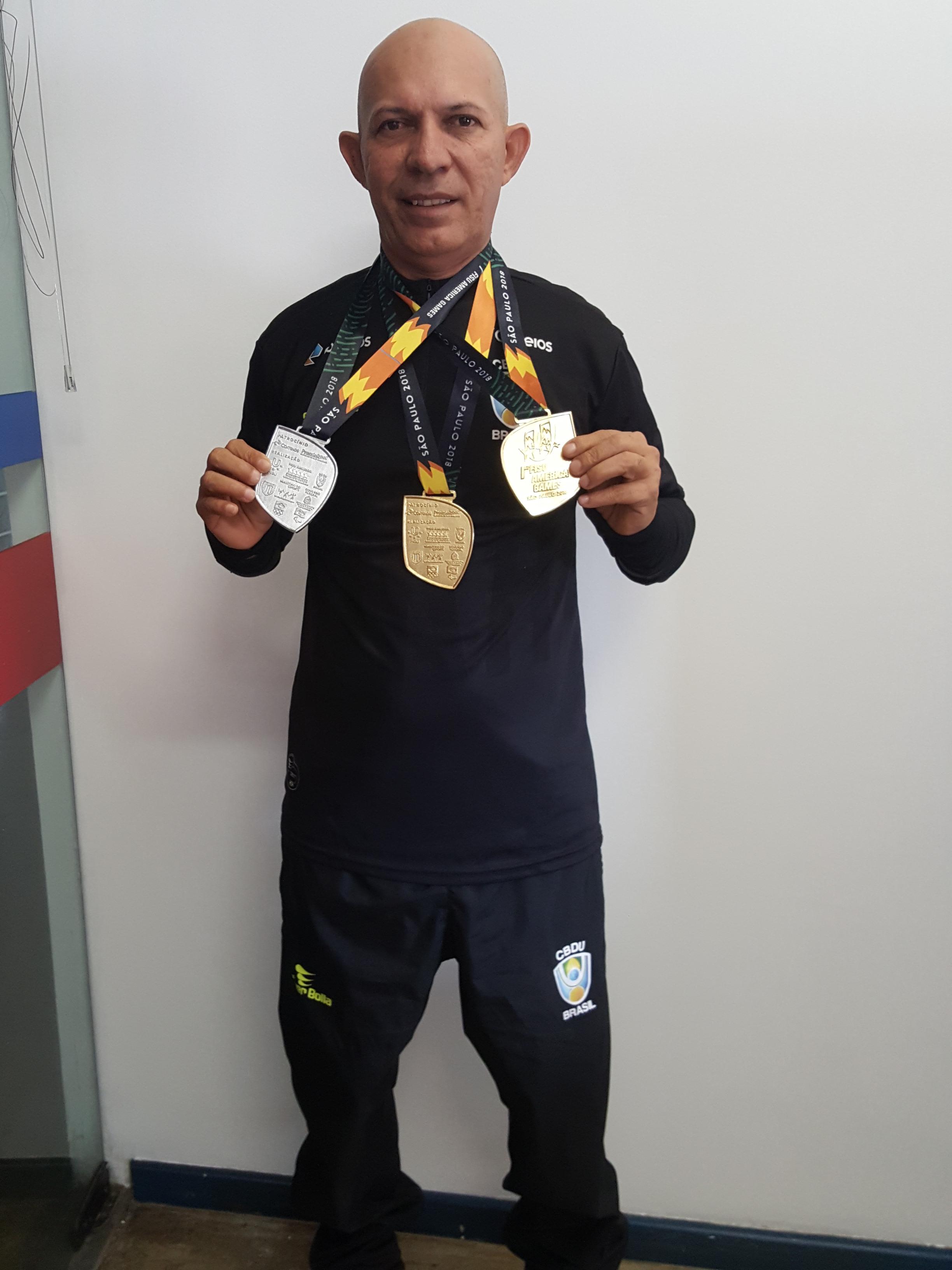 Aluno da Universo brilha em competições nacionais de atletismo
